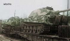Le Tigre II porsche faisait partie de l Abt 503 affetee en normandie en juin 1944 venant du camp Mailly.  Arrive pres du front par voie ferree.