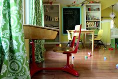 I'd like my house to look like a schoolroom. By annalea hart http://www.flickr.com/photos/annaleahart/4921229547/in/faves-nerdnest/