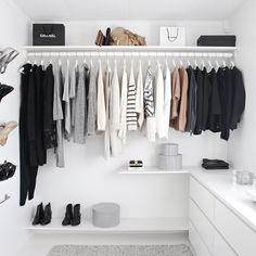 My 5 top wardrobe organisation tips for winter!