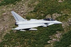 RAF Typhoon FGR.4 ZK351 low level in Great Langdale