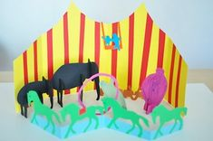 Crafty Crow Circus Crafts Round Up (featured photo: 3D Paper Circus by Lilla A)