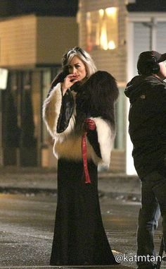 Victoria Smurfit as Cruella de Vil. Can't wait to see her with Maleficent (Kristin Bauer Van Straten) and Ursula (Merrin Dungey) on Once Upon a Tim (part B of season 4). I think the first episode starts March 1, 2015.
