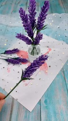 DIY Papier DIY Paper Flowers (Folding Tricks): 5 Steps Blackjack: Learn How to Become a Champion Lea Paper Flowers Craft, Paper Crafts Origami, Flower Crafts, Diy Flowers, Origami Flowers, Flower Paper, Lavender Flowers, Origami Butterfly, How To Make Paper Flowers