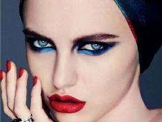 Cat eye blue