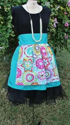 Gorgeous Retro Inspired Half Apron Handmade by GenerationGap Generation Gap, Half Apron, Aprons Vintage, Craft Items, Upcycle, Sewing Projects, Arts And Crafts, Trending Outfits, Retro