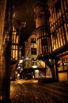 Troyes Aube, France la nuit