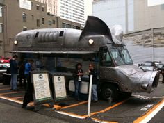 Maximus Minimus - an awesome food truck owned by Beecher's Cheese.  http://www.squidoo.com/seattle-food-trucks