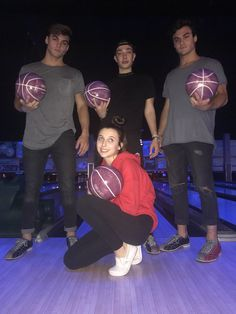 Bowling with Dolan twins and James Charles Squad Pictures, Friend Pictures, Photos Bff, Friend Photos, Bff Goals, Best Friend Goals, Squad Goals, Dolan Twins Wallpaper, Emma James