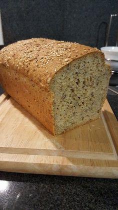 Saftiges Vollkornbrot, ein tolles Rezept aus der Kategorie Brot und Brötchen. Bewertungen: 1.610. Durchschnitt: Ø 4,8.