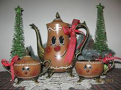 Hand-painted* Vintage Silver-plate Tea Set* Gingerbread Man Family* Christmas*