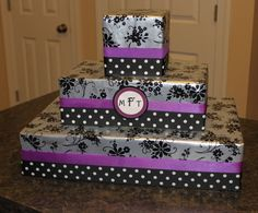 cupcake stand from wrapped boxes