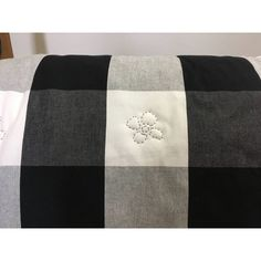 "Queen Size Quilt, Hand Quilted, Gingham Quilt, Black White, 89"" x 96... (€285) ❤ liked on Polyvore featuring home, bed & bath, bedding and quilts"