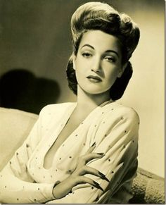 Dorothy Lamour - before the days of botox and facelifts..... stunning beauty
