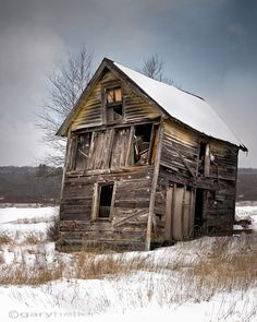 Portrait of Old Shack, Snowy Landscape Rustic Photograph, Old Barns, Free… Old Buildings, Abandoned Buildings, Abandoned Places, Country Barns, Old Barns, Country Living, Rustic Photographs, Rustic Landscaping, Barns Sheds