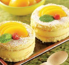 Romanian Desserts, Romanian Food, Romanian Recipes, Peach Cake, Mini Cakes, Nutella, Sweet Treats, Cheesecake, Deserts