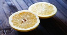 Remedies For Cold Sore throat remedy: Lemon and water - Gargling is a simple and remarkably effective way to kill germs and soothe a sore throat. Try one of these homemade gargles as a sore throat remedy. Homemade Cold Remedies, Cold Remedies Fast, Cold And Cough Remedies, Natural Cold Remedies, Flu Remedies, Diarrhea Remedies, Health Remedies, Sore Throat Cure, Treatment For Sore Throat