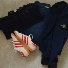 GREAT AWAY DAY COMBO - CHALK/RED HAMBURGS AND STONE ISLAND
