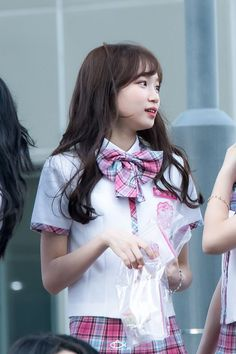 Typical Girl, Girls Life, Celebs, Celebrities, Korean Girl, Kpop Girls, Yuri, Ulzzang, Flower Girl Dresses