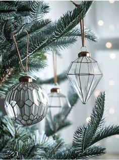 Six Diamond Drop Baubles - Christmas Tree Decorations - Christmas Merry Christmas, Christmas Hearts, Christmas Tree Themes, Christmas Mood, Christmas Bells, Xmas Ornaments, Christmas Traditions, Christmas 2019, Beautiful Christmas