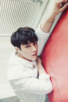 Okay so Lay has been wreaking my bias list lately. So here, have a picture of this beautiful guy