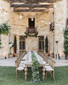 Tuscan wedding theme | fabmood.com #weddingreception #tuscanywedding #wedding
