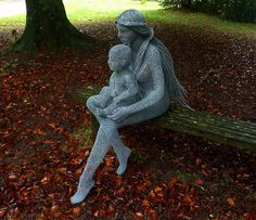 "Derek Kinzett-Wire Sculpture-""Mother & Child"" commission 2014 