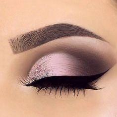 Trendy Make-up Prom Black Cut Crease 55 Ideen - Prom Makeup Navy Makeup Eye Looks, Eye Makeup Steps, Cute Makeup, Smokey Eye Makeup, Gorgeous Makeup, Glam Makeup, Eyeshadow Makeup, Makeup Geek, Beauty Makeup