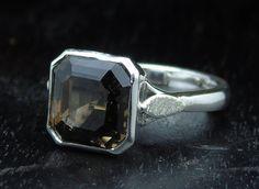 Guarda questo articolo nel mio negozio Etsy https://www.etsy.com/it/listing/527017366/anello-in-argento-massiccio-smoky-quartz