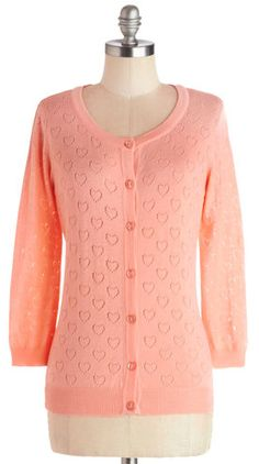 Pretty heart cardigan http://rstyle.me/n/end7wnyg6