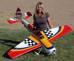 kit avion balsa a construire Cheap Race Cars, Radio Controlled Aircraft, Remote Control Boat, Aircraft Engine, Hobby Toys, Rc Hobbies, Rc Model, Vintage Models, Model Airplanes