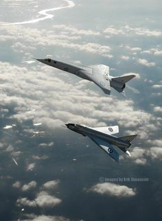 British Aircraft Corporation (BAC) - Royal Air Force (RAF) - faster with one engine on reheat than an English Electric Lightning with both engines on reheat, wow that is fast! Military Jets, Military Aircraft, Air Fighter, Fighter Jets, V Force, War Jet, Experimental Aircraft, Royal Air Force, Jet Plane