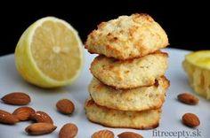 Tieto jemné mandľovo kokosové keksíky s citrónovou príchuťou sa vám rozplynú na jazyku. A tá citrónová vôňa! :) Pripraviť si ich môžete s vajíčkom alebo bez neho a tiežpečené alebo nepečené. Ingrediencie (na 12ks): 3/4 hrnčeka mandľovej múky (rozmixovaných/pomletých mandlí) 3/4 hrnčeka strúhaného kokosu 3 PLkokosovej múky 3 PL kokosového oleja (roztopeného) 3 PL medu/agáve/javorového […] Dairy Free Recipes, Healthy Recipes, Cookie Recipes, Sweet Tooth, Clean Eating, Good Food, Food And Drink, Tasty, Stevia