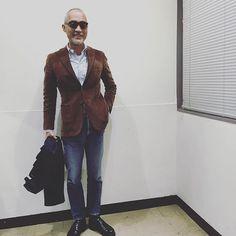 林師匠。 いつも着こなしにストーリーがあってステキなんです。シャツもピシッと、靴もピカピカ✨細やかな大人の魅力があふれるコーディネート #resolute #リゾルト #zabou #ザボウ #大阪 #南船場