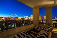 Become captured by the picture-perfect Strip views that set the backdrop to this luxurious residence. Selling Real Estate, Luxury Real Estate, Luxury Homes, Las Vegas, Backdrops, The Unit, Pictures, Outdoor, Beautiful