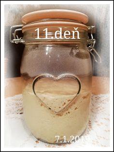 ...svet okolo mňa ...: Príprava kvásku Lievito-Madre Mason Jars, Mugs, Tableware, Dinnerware, Tumbler, Dishes, Mason Jar, Mug, Place Settings