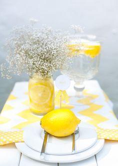 Tischdeko mit gelben Zitronen by Fräulein K sagt Ja9