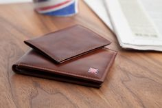 RedPlace Men's Handcrafted Two Tone Cowhide Leather Multicard Billfold With Removable Passcase Wallet