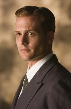 harvey from suits