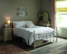 Main Naturals Bedroom