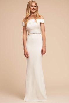 Lovely wedding dress. So simple and elegant! Legacy Dress afflink. Sponsored