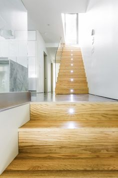 Staircase Architecture:Continues Setting Of Chic Project Duplex Montreal Staicases With LED Lights House Interior Exterior Design with Fresh Air Railing Design, Staircase Design, Staircase Ideas, Wooden Staircases, Stairways, Home Interior Design, Exterior Design, Studio Interior, Futuristic Lighting