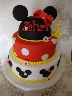 Minnie Mouse Cake by CakeyKerry on Cake Central
