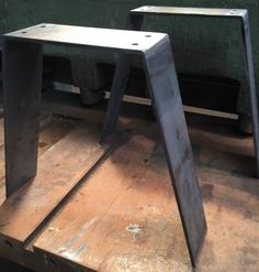 pied de table en acier … …