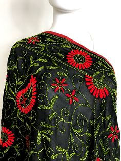 Shop online handmade, vintage, and one-of-a-kind traditional phulkari products at Pink Phulkari. Explore different phulkari work designs here, today! Phulkari Embroidery, Embroidery Suits Punjabi, Embroidery On Kurtis, Kurti Embroidery Design, Embroidery On Clothes, Embroidery Flowers Pattern, Indian Embroidery, Hand Embroidery Stitches, Simple Embroidery Designs