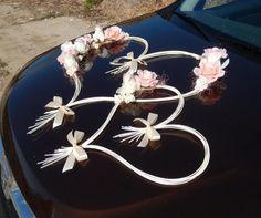 """Képtalálat a következőre: """"svadobné auto"""" – Pete Angami – Wedding Fotoshooting Wedding Car Decorations, Wedding Favors, Diy Wedding, Wedding Bouquets, Wedding Gifts, Wedding Flowers, Dream Wedding, Post Wedding, Wedding Getaway Car"""