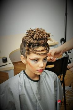 Fantasy hairstyle and make-up from Atelierele ILBAH.