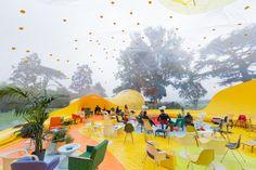 Une bulle gonflable géante s'est posée à Londres | The Creators Project