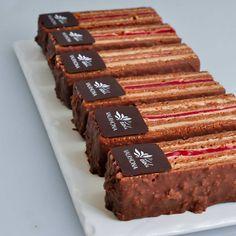 "197 Likes, 3 Comments - Chef Franck Wenz (@franckwenz) on Instagram: ""milk chocolate and rapsberry finger. #valrhona #ecolevalrhona #chocolat #chocolate #pastry #chef…"""