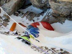 Mount Everest Deaths, Everest Mountain, Mountain Biking, Mount Everest Base Camp, Monte Everest, Watch The World Burn, Rock Climbing Gear, Bungee Jumping, Top Of The World