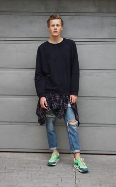Acne Studios Sweater, H&M Plaid Flannel Shirt, Zara Ripped Boyfriend Jeans, Nike Air Max 1